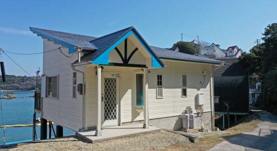 軽自動車付きの別荘が360万円!海望む鴻島の別荘